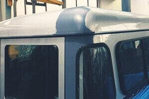Land Rover Defender Unfallinstandsetzung