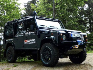 ENGAGE4X4 Offroad Vehicle Land Rover