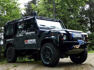 Geländewagen Defender von ENGAGE4X4
